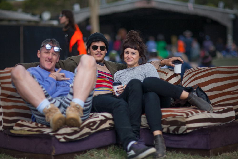 Couch MMF2012-171